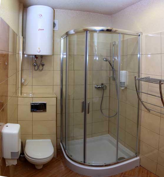 Łazienka w hoteliku Gwardia