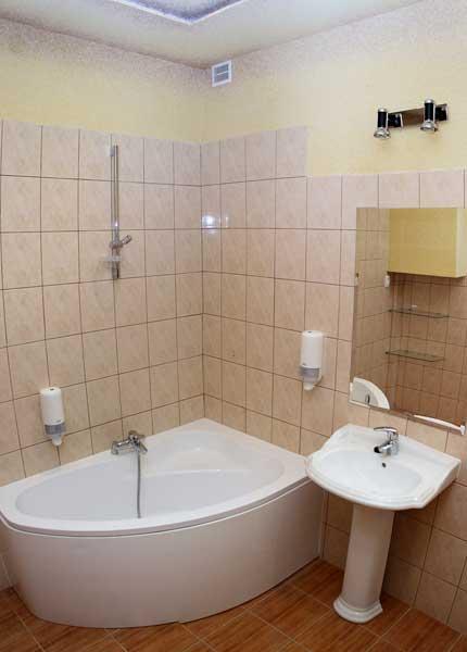 Łazienka z wanną Koszalin Hotelik Gwardia